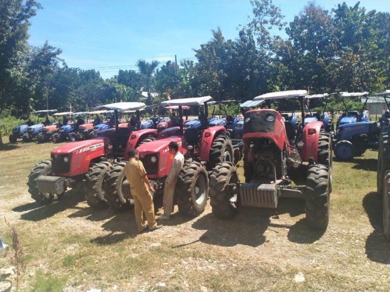 Dinas Pertanian Kabupaten Malaka Targetkan Pacul Tanah Gratis Sebanyak 2.500 Hektar